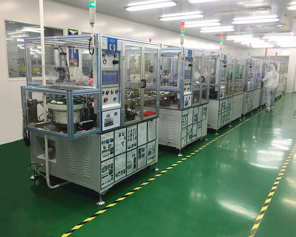 Socket automatic assembly machine